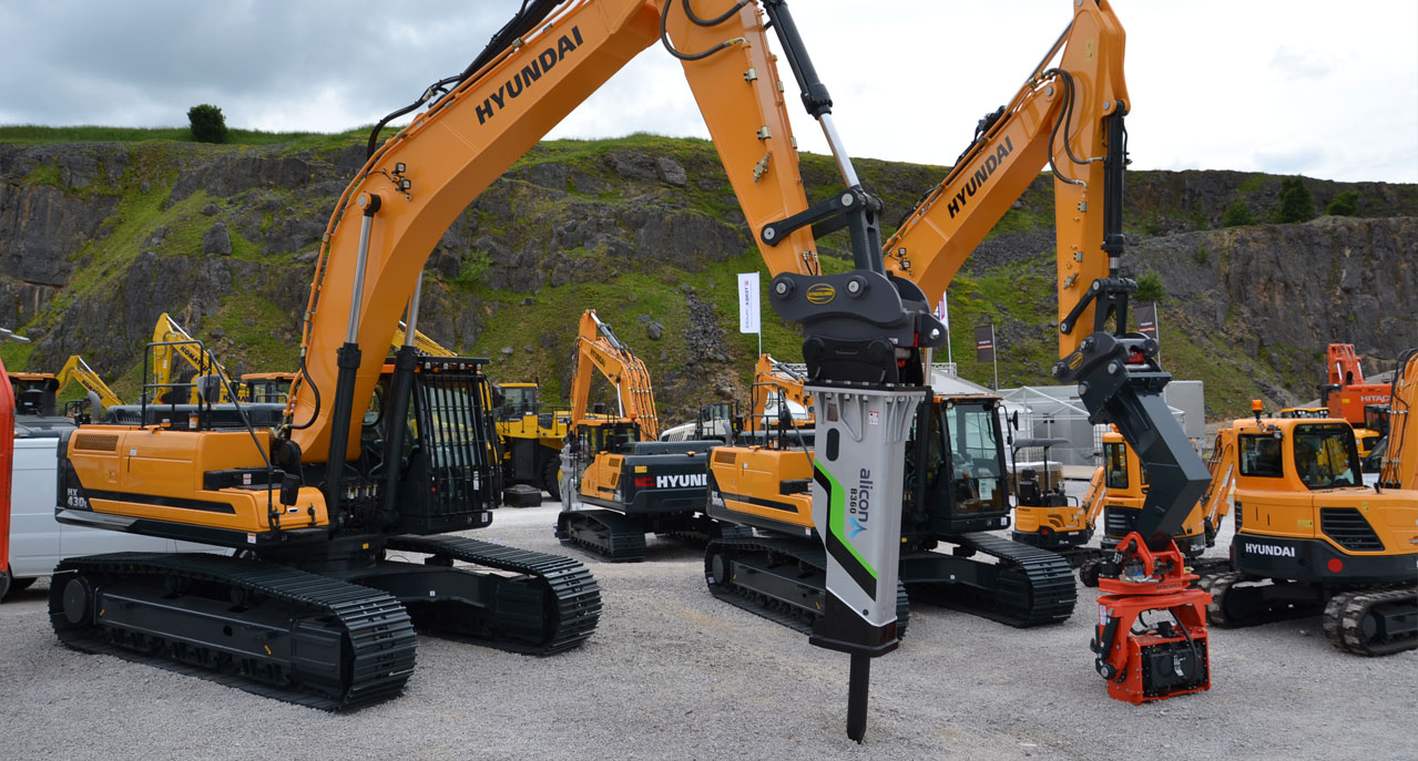 HILLHEAD 2016 – YET ANOTHER SUCCESSFUL SHOW FOR STRICKLAND MFG